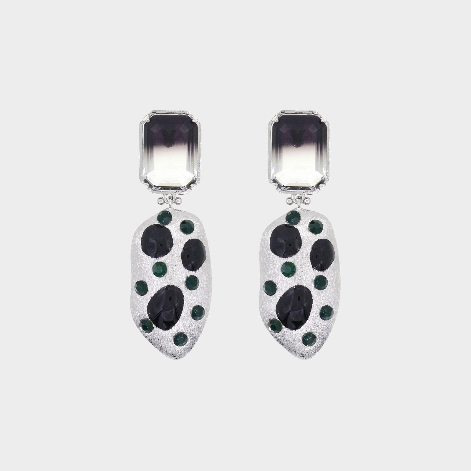 Fantasy Black Earrings