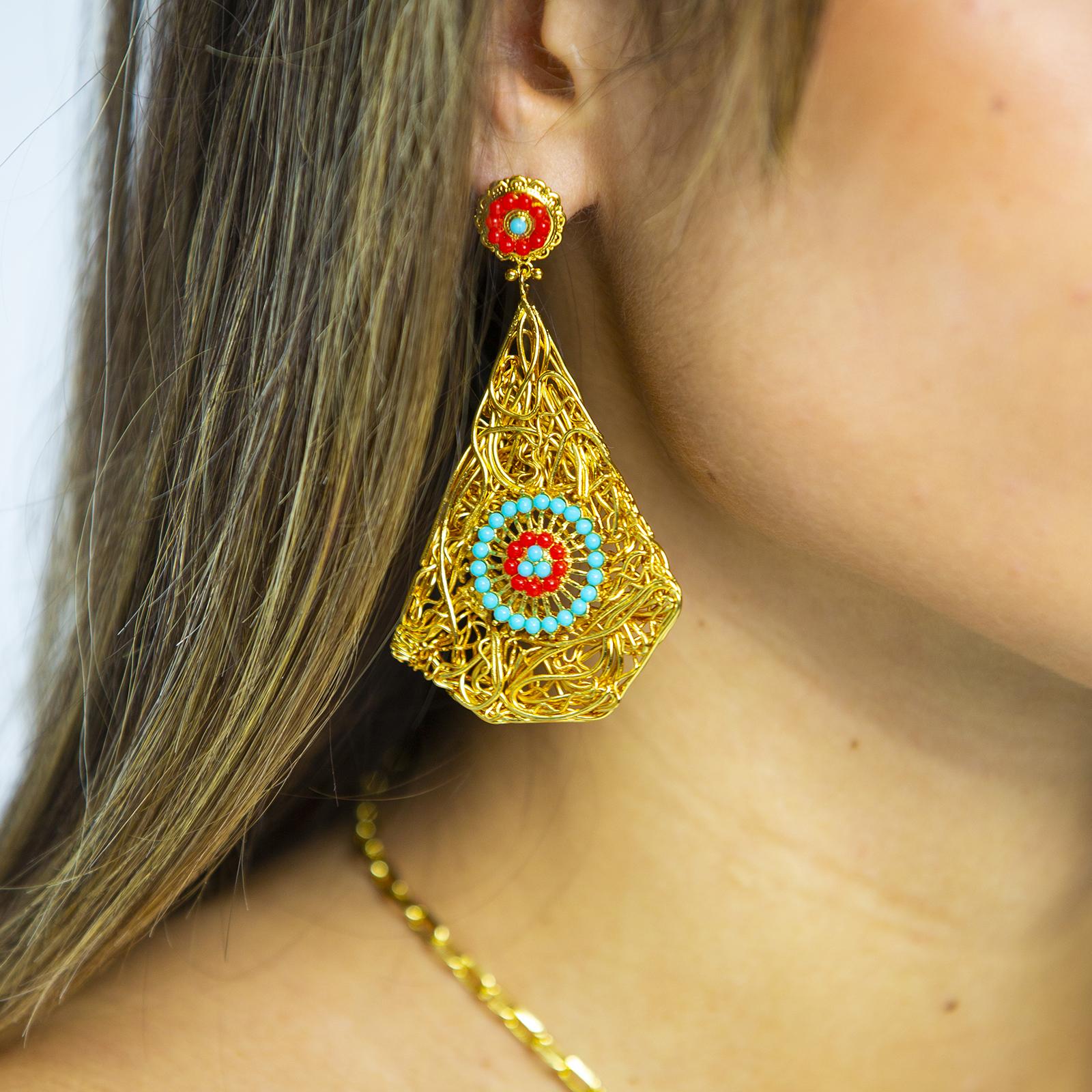 Niu Blau Flowers Earrings